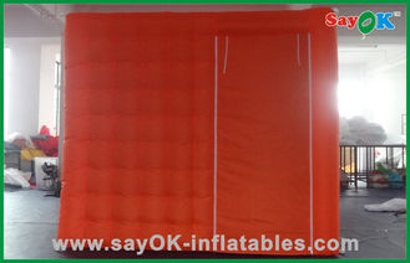 中国 結婚のためのプロダクト オックスフォードの携帯用赤い注文の膨脹可能な布 サプライヤー