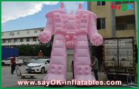 中国 外の広告プロダクトのためのピンクのオックスフォードの布/ポリ塩化ビニールの膨脹可能なロボット 工場
